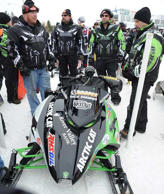 Moyle Racing crew