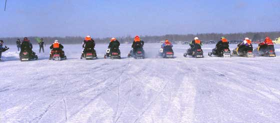 Pine Lake cross-country snowmobile racing