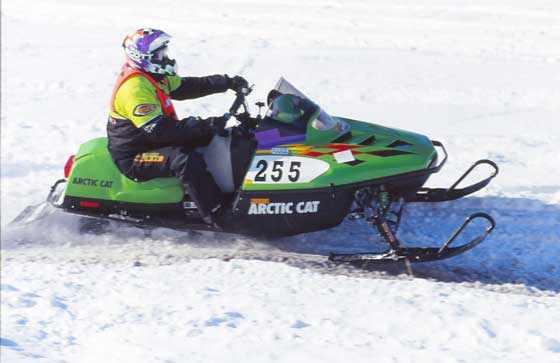 Roger Skime racing the 1999 I-500. Photo by ArcticInsider.com