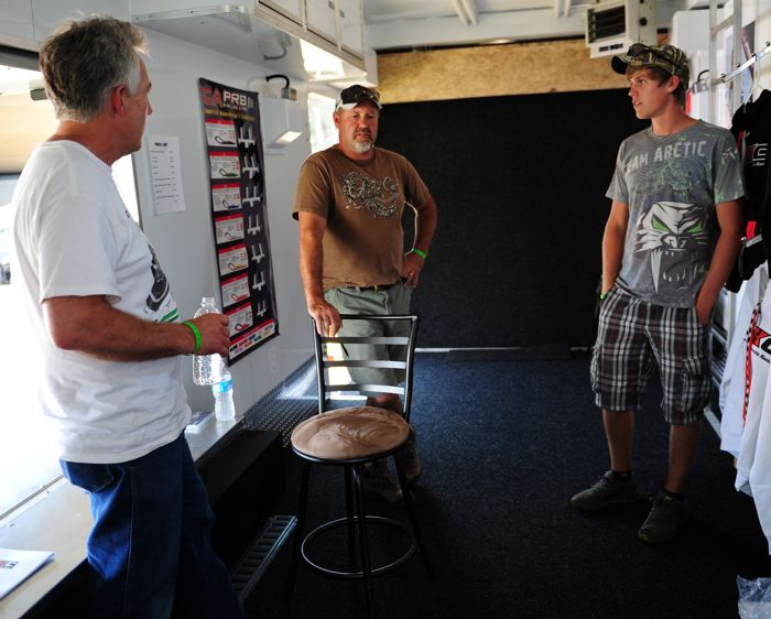 Brian Nelson with Team Arctic's Greg and Zach Herfindahl.