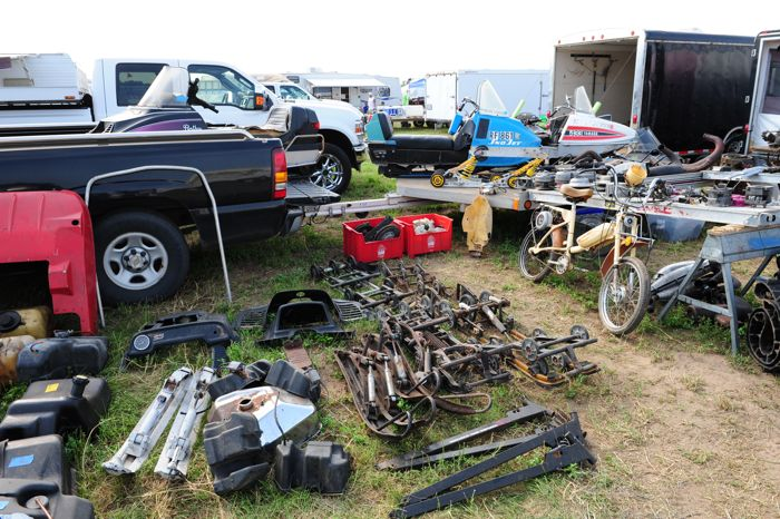 Outlaw snowmobile swap in princeton. photo: ArcticInsider.com