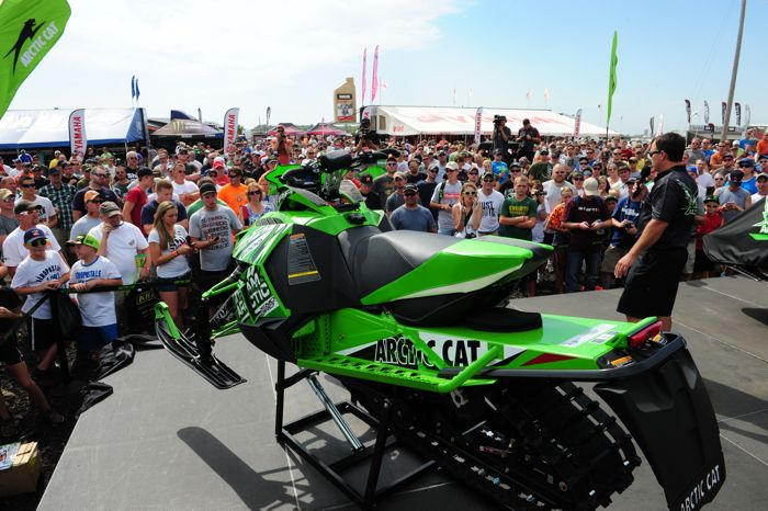 2014 Arctic Cat ZR6000 RR by ArcticInsider.com
