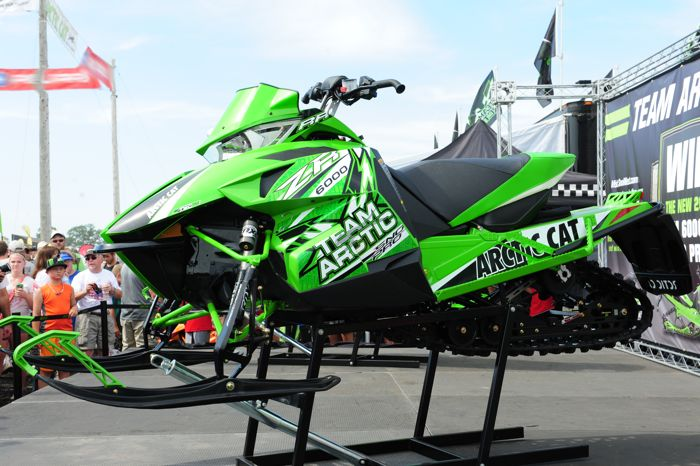2014 Arctic Cat ZR 6000 RR. Photo by ArcticInsider.com