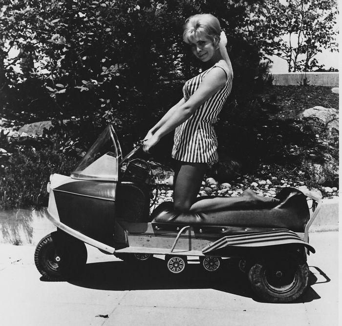 TGIF: snowmobiles, wheels and spunky lady