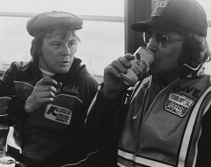 Team Arctic's Dave Thompson (R) and Yamaha's Dick Trickle, at the 1976 Eagle River WC. Photo by Ramstad.