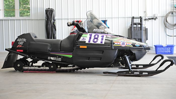 Kirk Hibbert's 1993 Arctic Cat ZR 440 I-500 winner. Photo by ArcticInsider.com