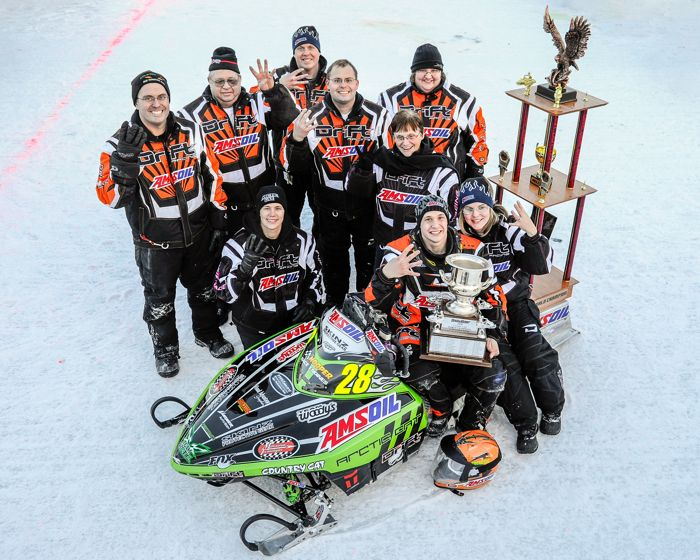 The Wanderscheid family wins Eagle River in 2011. Photo by Wayne Davis