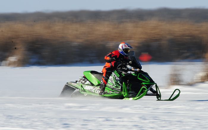 Team Arctic's Wes Selby at Pine Lake 2013. Photo by ArcticInsider.com