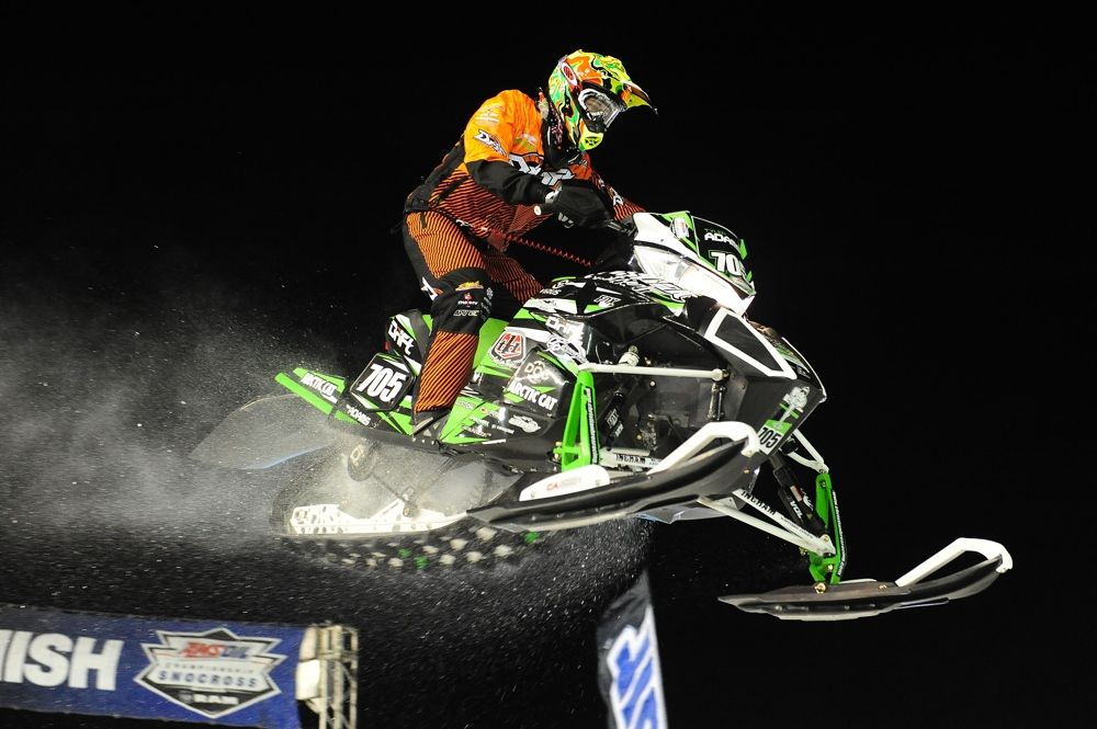 Tyler Adams won Pro Lite #2 at 2015 Canterbury Snocross. Photo by ArcticInsider.com