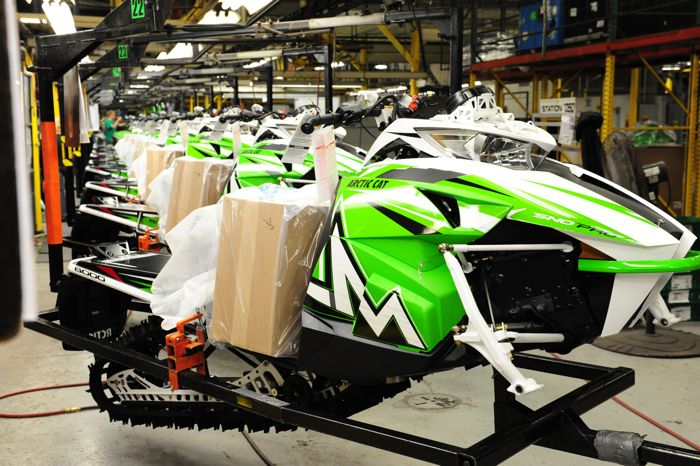 Building 2016 M8000 Sno Pro snowmobiles at Arctic Cat. Photo by ArcticInsider.com