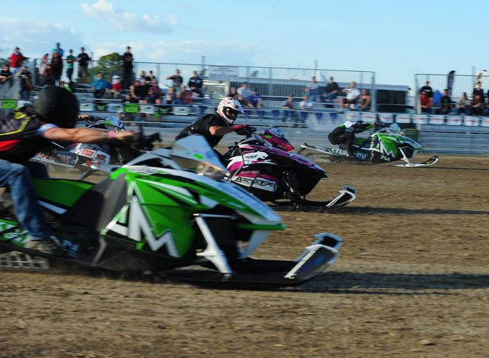Team Arctic sweeps Stock 800 at 2015 Hay Days grass drags. Photo by ArcticInsider.com