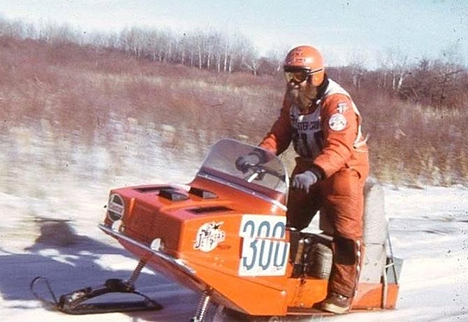 Jetstar Snocross Cross-Country snowmobile racer
