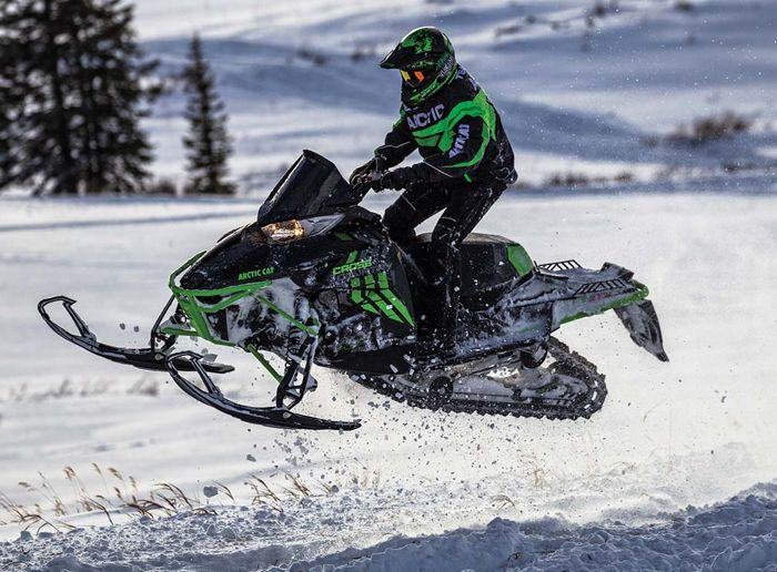 2017 Arctic Cat XF Cross Country snowmobile