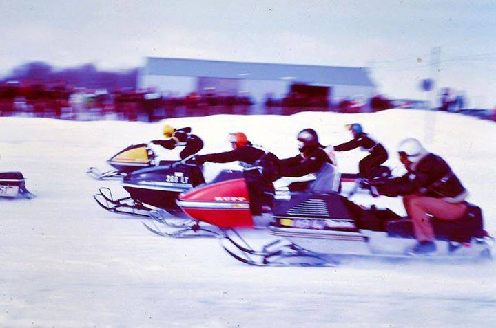 Line 'em up: snowmobile drag race