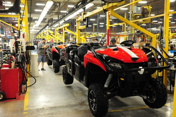 2016 Arctic Cat HDX on the assembly line. Photo by ArcticInsider.com