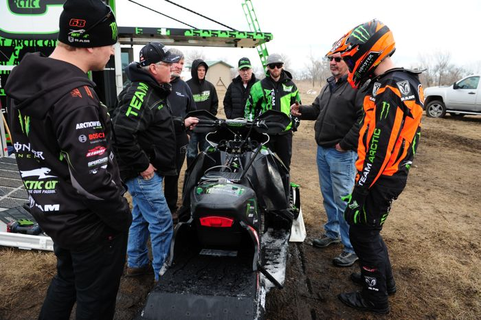 Tucker Hibbert with Arctic Cat and Speedwerx engineers. Photo by ArcticInsider.com