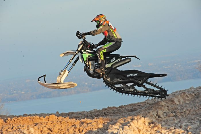 Team Arctic's Wes Selby on the Arctic Cat SVX 450. Photo by ArcticInsider.com