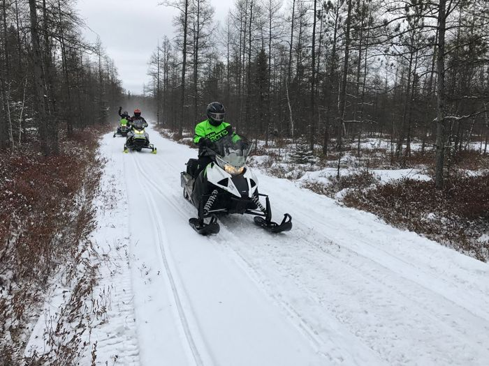 Snowmobiling with friends, Arctic Cat, Minnesota and winter 2018. Photo by ArcticInsider.com