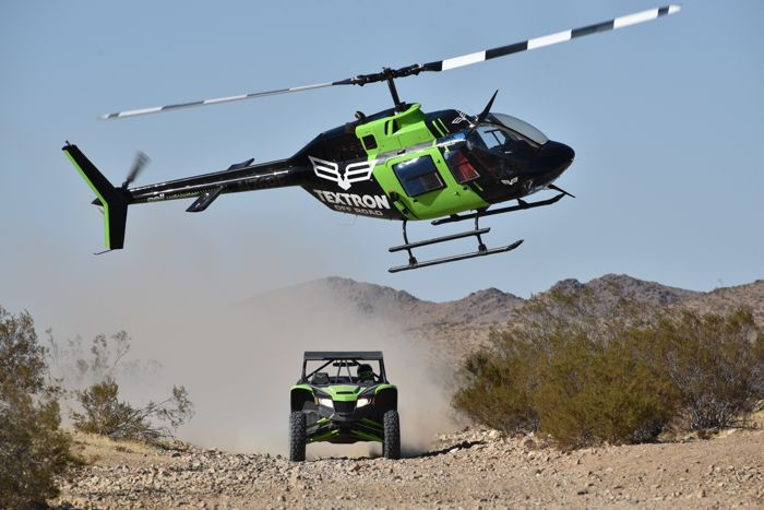 Wildcat XX and Bell Helicopter race and chase. Photo by ArcticInsider.com
