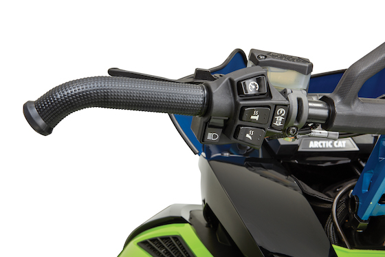 RIOT models include premium handlebar gauges with a dual combo Electric Start/Engine Reverse button