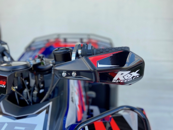 A closer look at the Rox MX Handguard. Blown Concepts sexed these up with graphics to match the bodywork design.