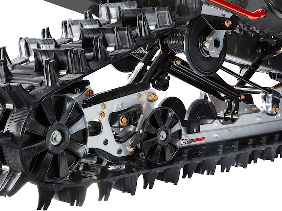 The Xtra-Action pivoting rear skidframe is phenomenal for reversing in deep snow, or backing up when towing.