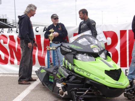 Team Arctic Cat speedmen
