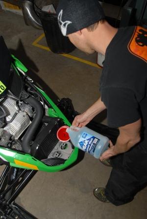 Filling up the Speedwerx meth kit reservoir